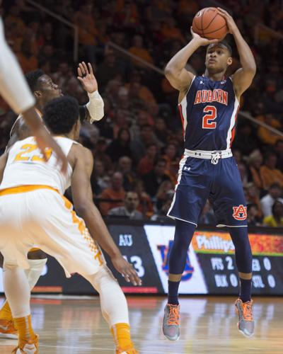Auburn Basketball Pearl Calls Out One Dimensional Shooting