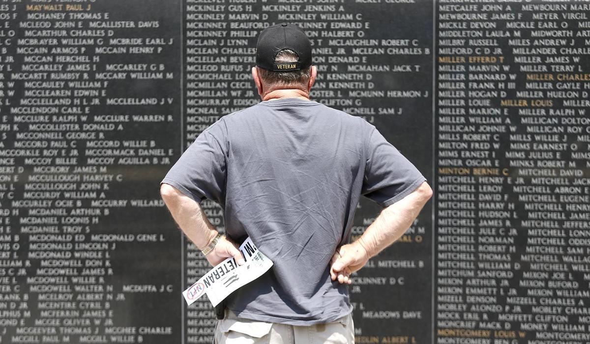 052719_Memorial Day Ceremony_024.jpg