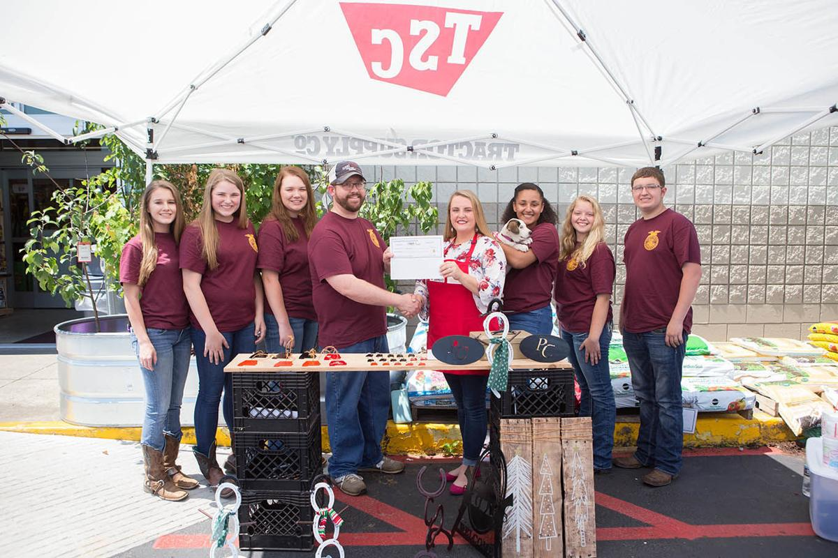 Tractor Supply donates to Pell City FFA