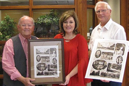 Jimmy Hightower makes historical presentation to Sylacauga library