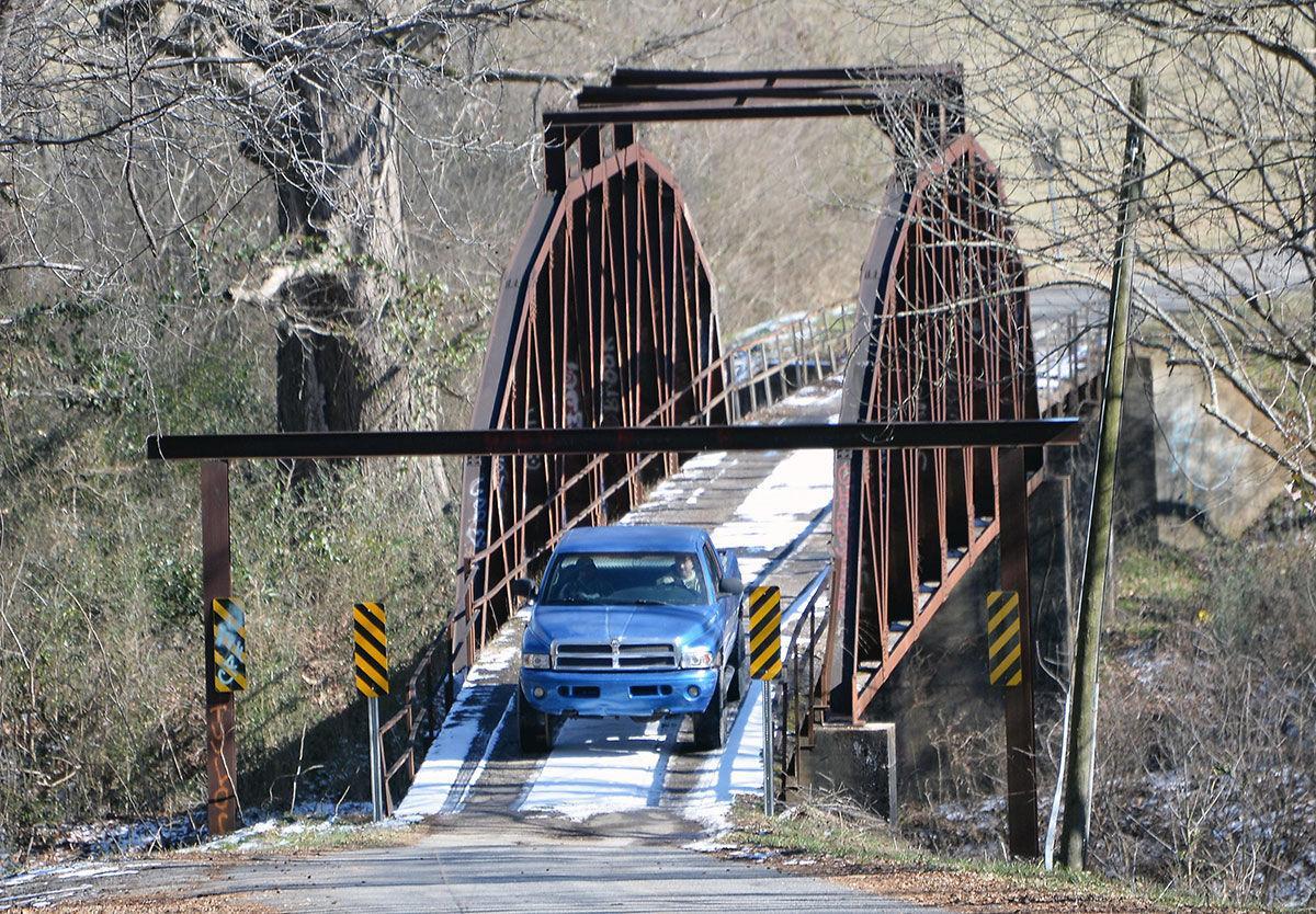 Cleburne County icy roads