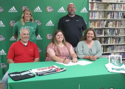 Lexi Copeland signs with Judson College