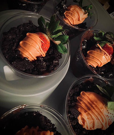 'Carrot' Strawberries in Chocolate Dirt