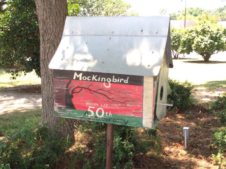 Mockingbird mailbox