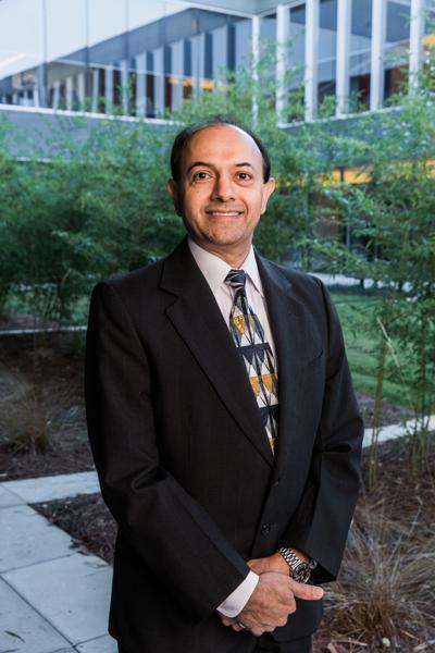 Dr. Raashid Ashraf