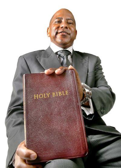 Rev. Dr. Walter Solomon