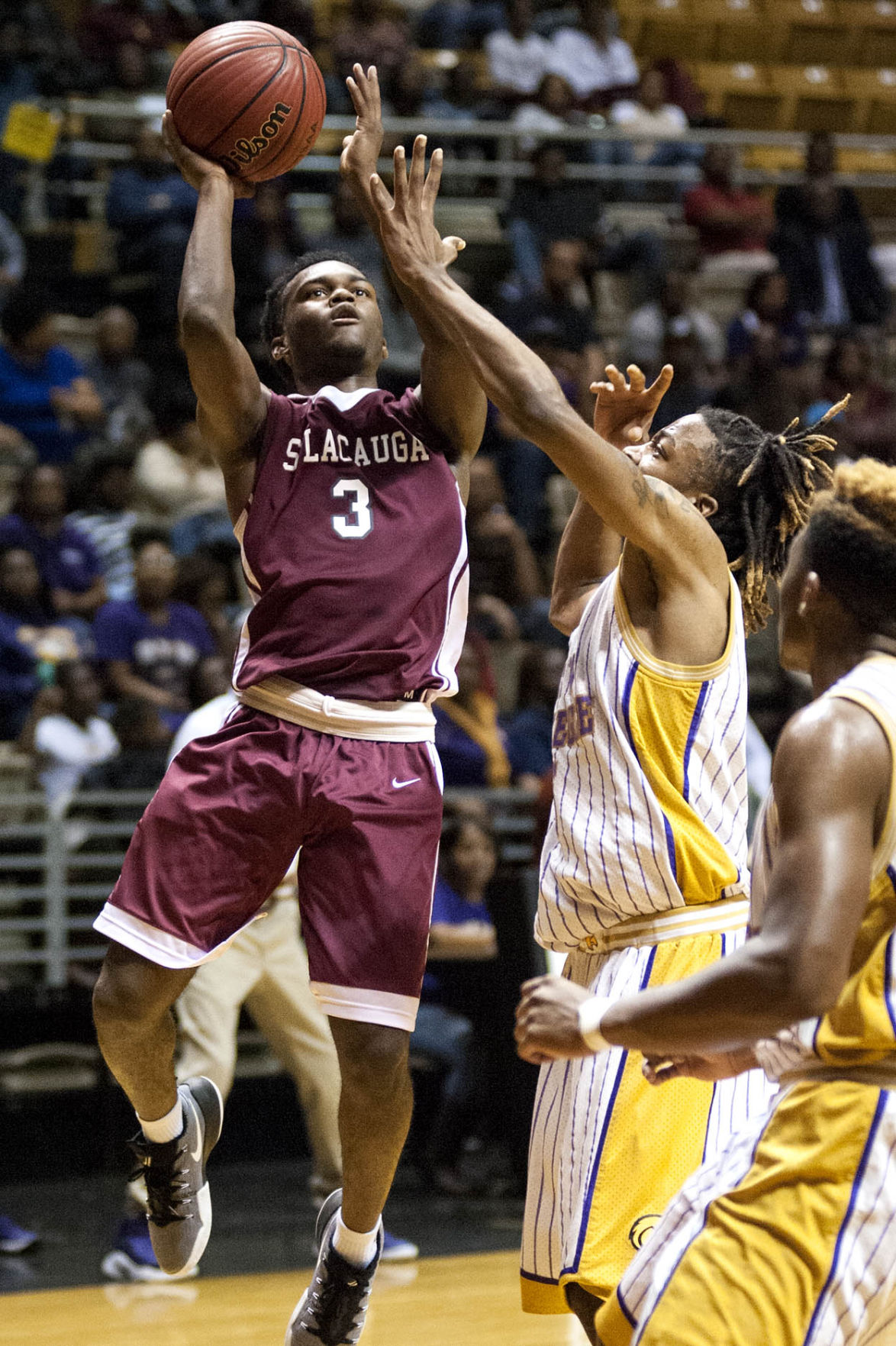 UPDATED: Sylacauga boys used 2nd-quarter surge to pull away en route to region title, Final Four berth (with photos)