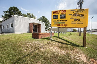 Union hall up for auction