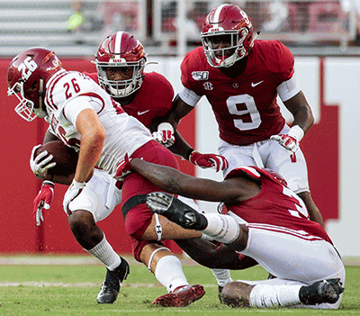 Alabama Starting Lineup >> Alabama Football Freshman Safety Battle Already Proving He
