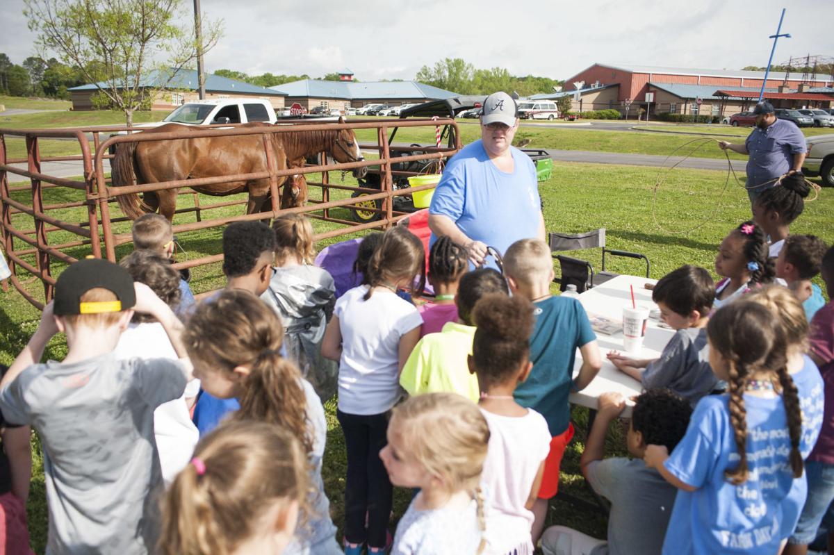 2019 LHS FFA Farm Day 2 tw.jpg