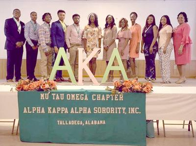 Alpha Kappa Alpha Sorority hands out scholarships to 10 local students