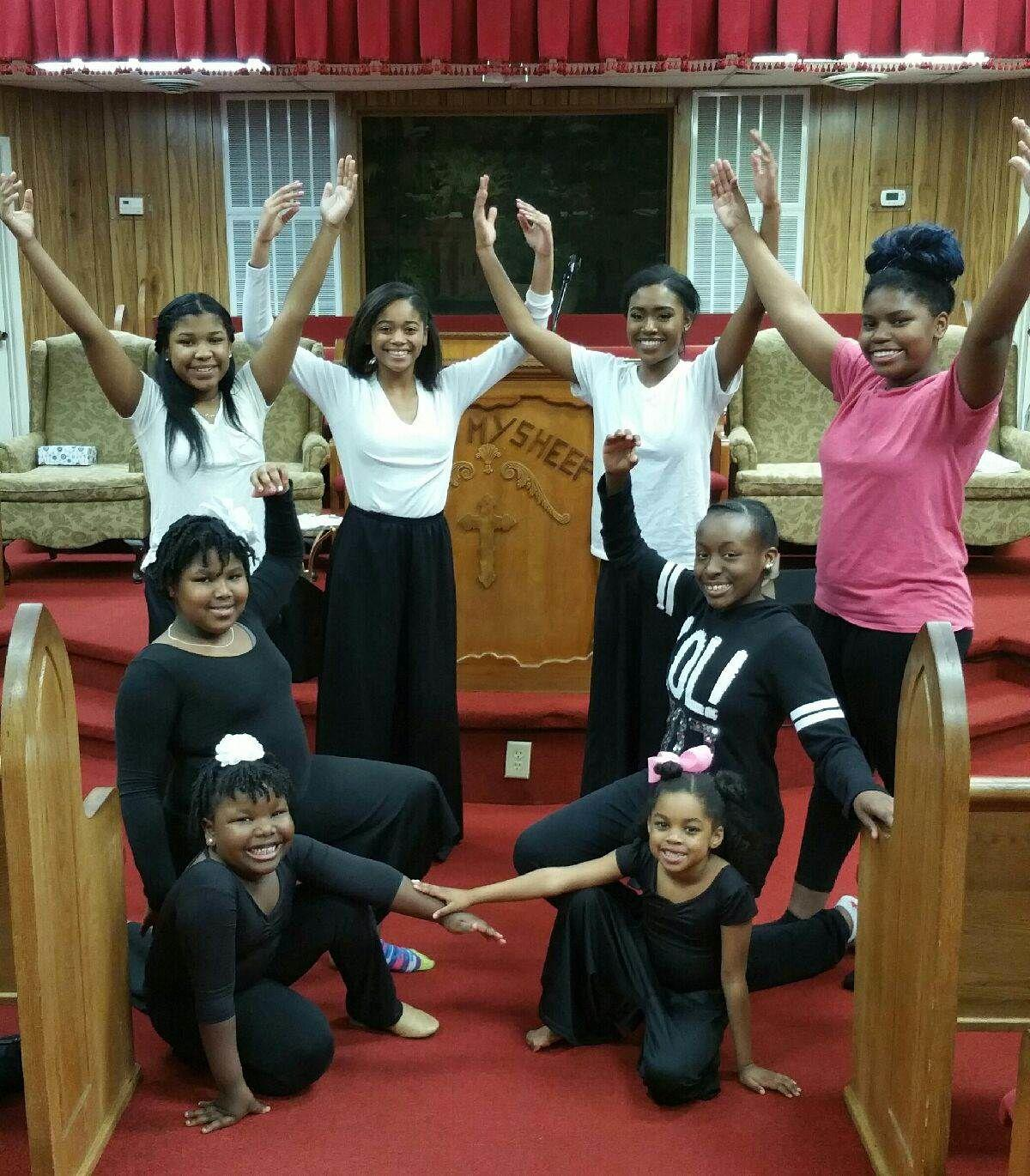 N-His Image Praise Dancers of New Beginning Ministries