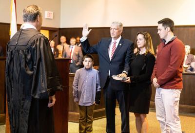 Lyle Harmon takes oath of office