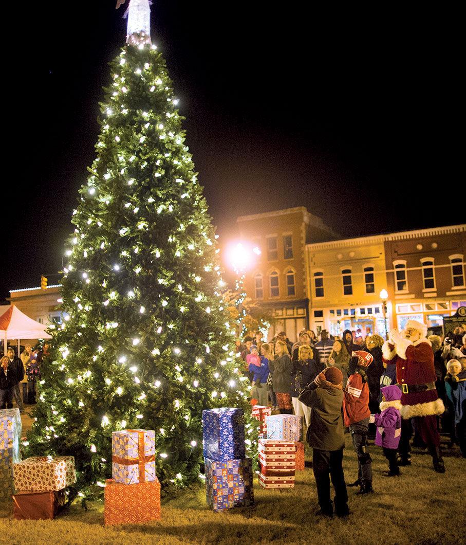 tree lighting ceremony kicks off talladegas christmas on the square