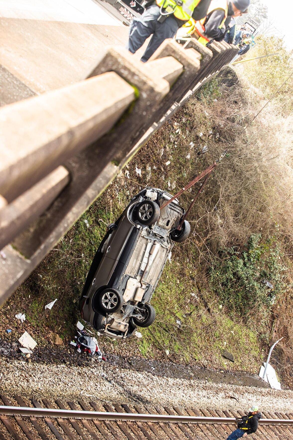 Vehicle Plunges down embankment1-bc.jpg