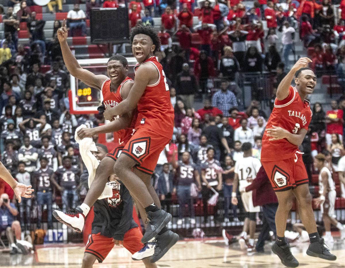 Talladega boys clinch 3rd straight trip to Final Four with 55-53 win over Anniston