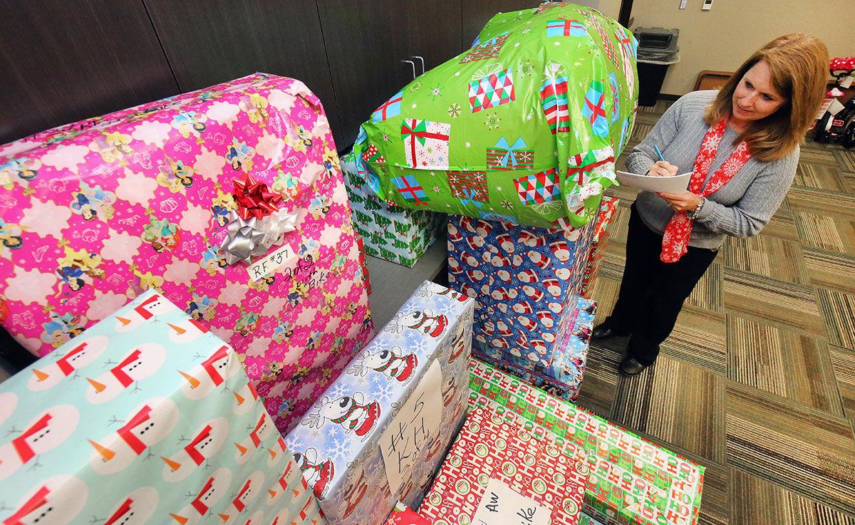 3 mobile christmas giveaway to needy