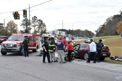 1 injured in 2-car accident at intersection of US 231, 19th Street in Pell City