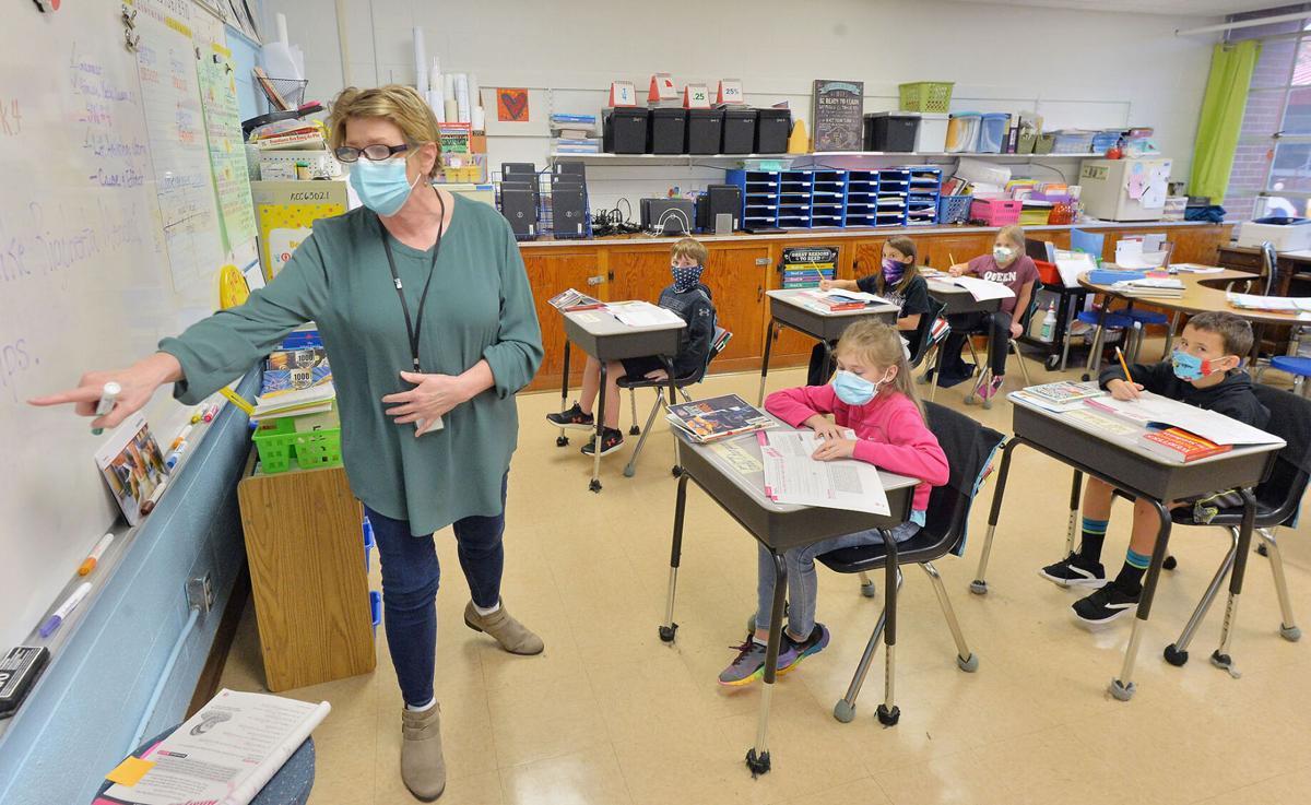 small Cleburne Elementary 9-24 BW 03.jpg