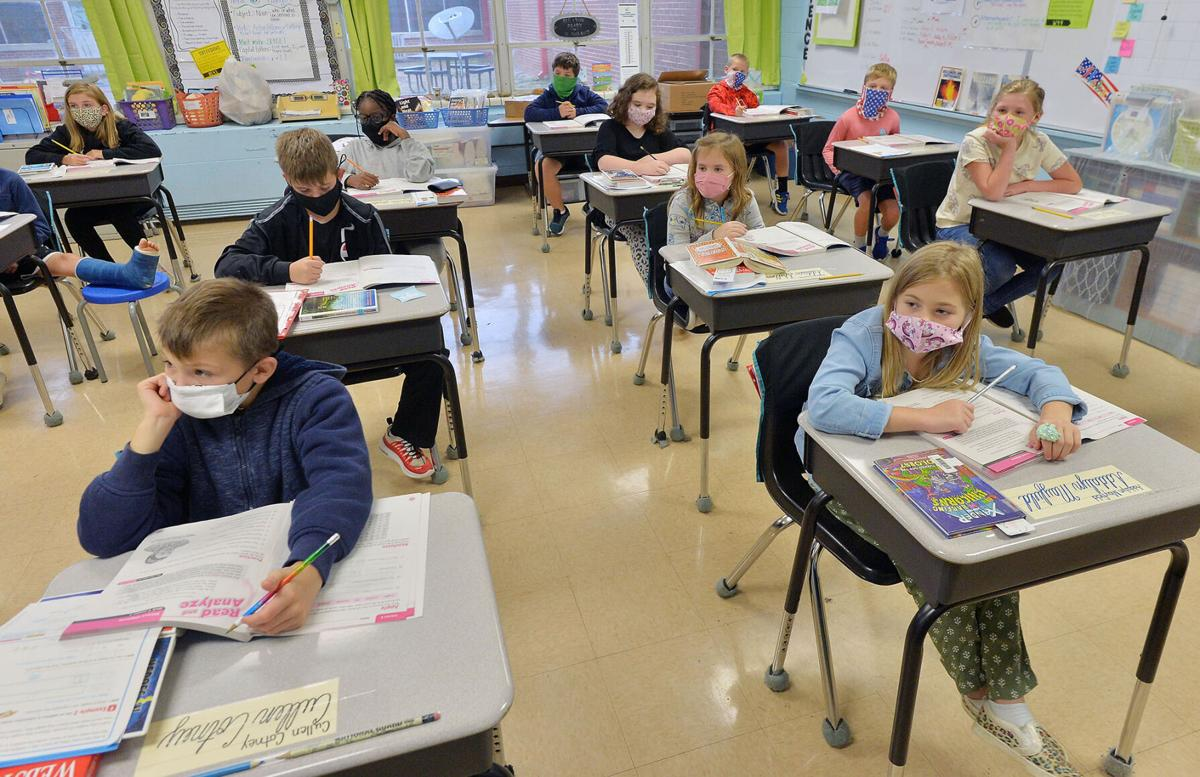small Cleburne Elementary 9-24 BW 04.jpg