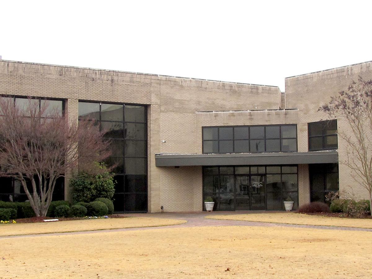 Library, City Council Chamber need new roofs in Sylacauga