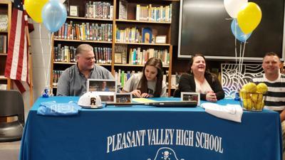 Savannah Williams signs