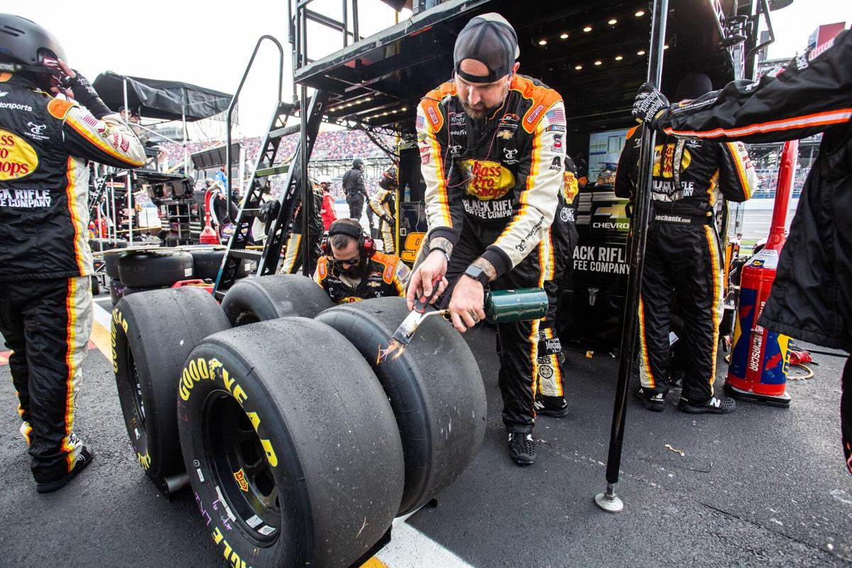 checking tire wear-bc.jpg