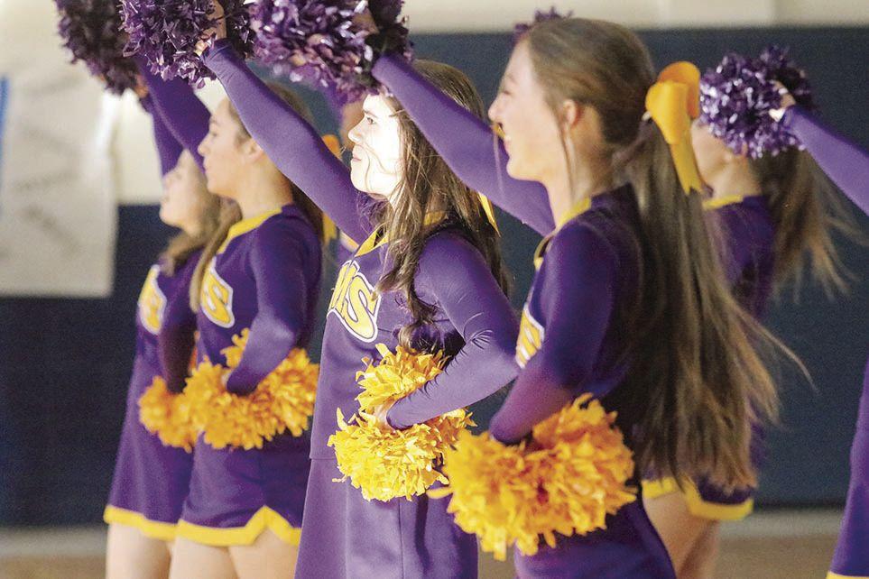 Springville cheerleaders