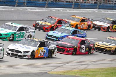 Geico 500 at Talladega Superspeedway