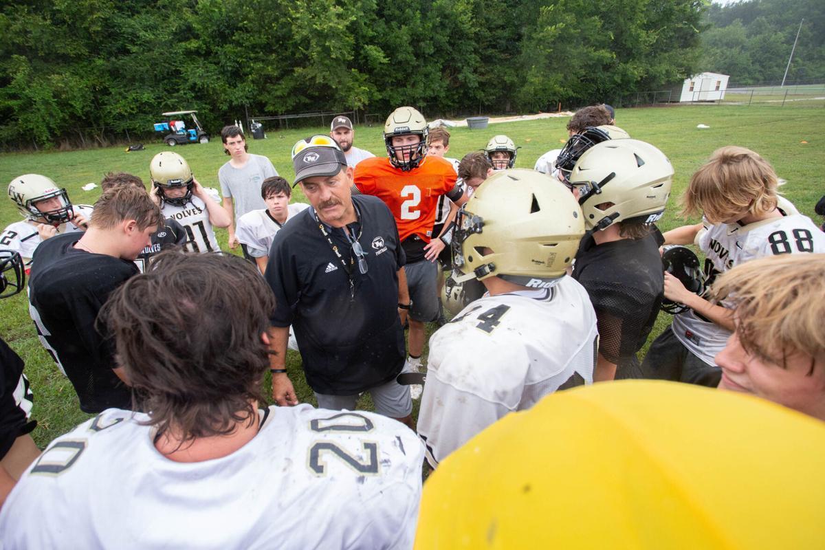 Fayetteville football practice1-bc.jpg
