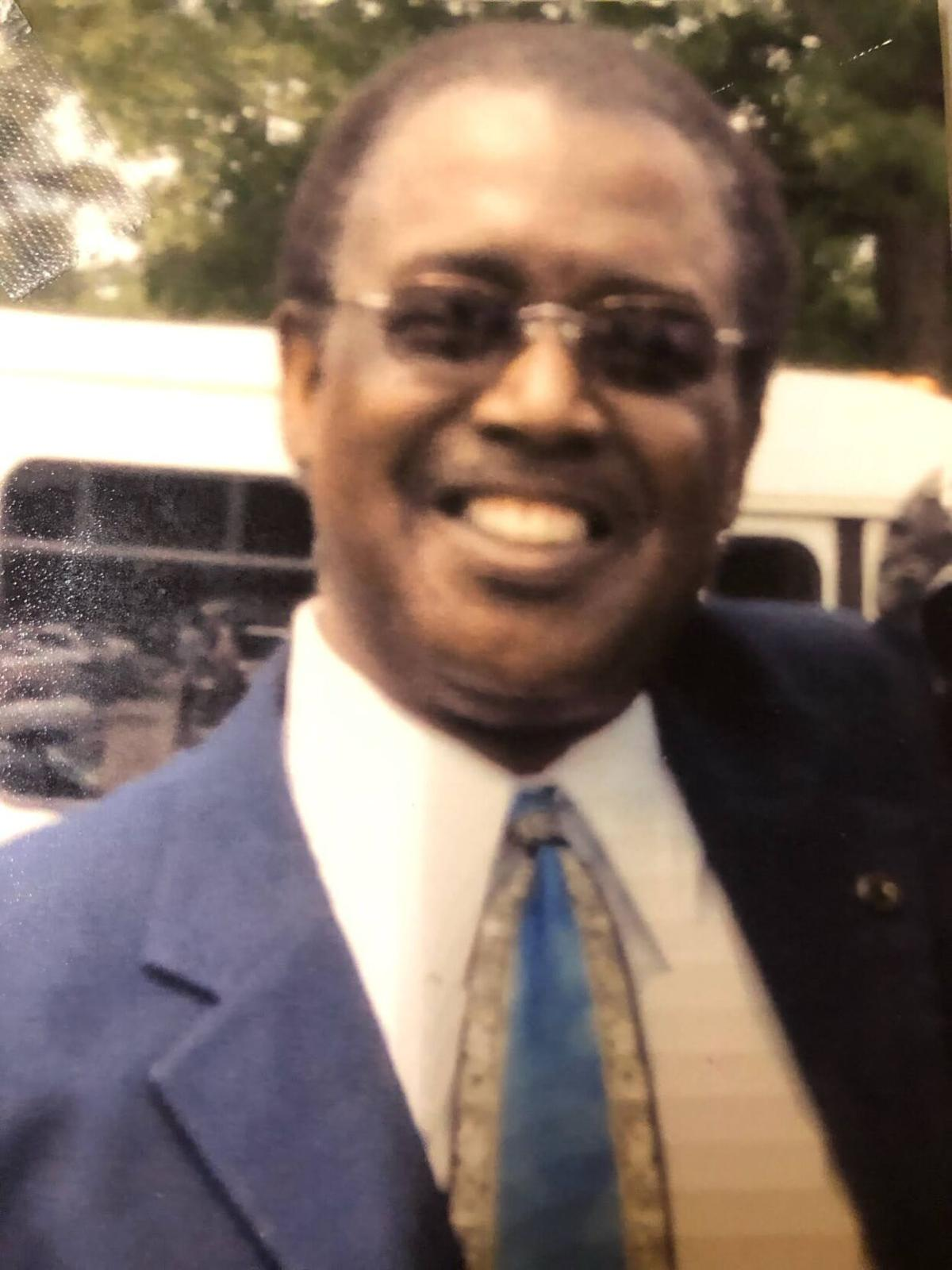 Minister Walter Prater