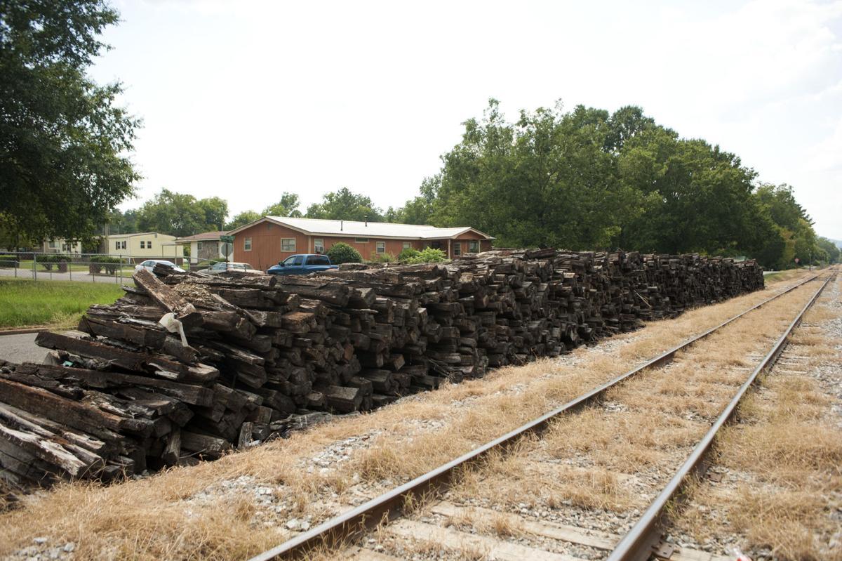 Railroad ties piled on Pullam St Talladega 1 tw.jpg