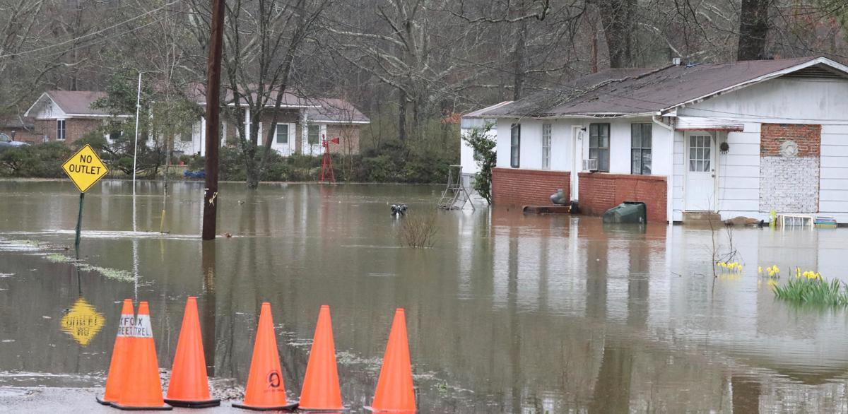 Oxford neighborhoods flood, some residents evacuated