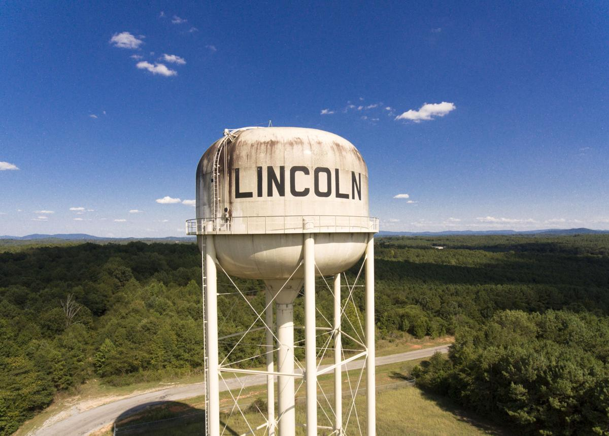Lincoln water tower aerial 2 tw.jpg