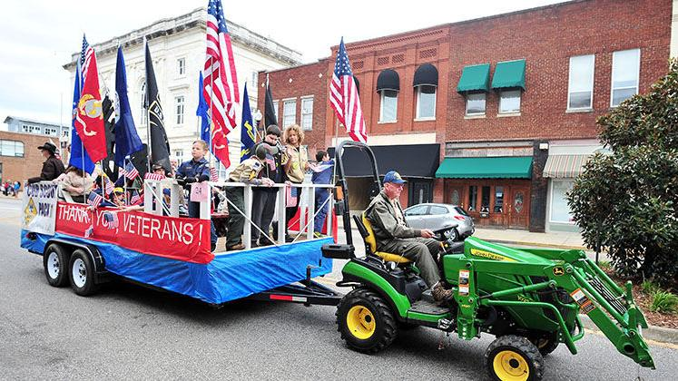 Anniston Veterans Day Parade