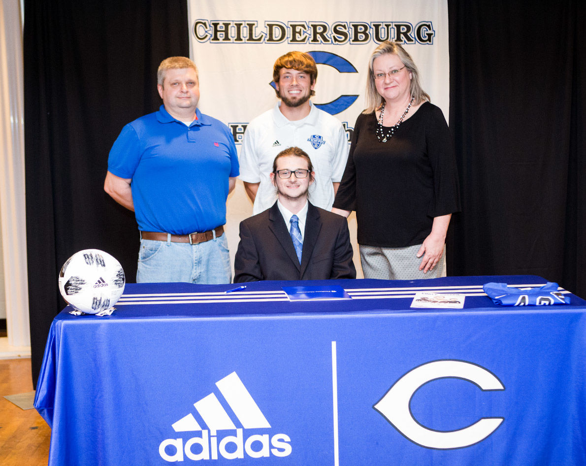 Sean Denney signs with Faulkner University