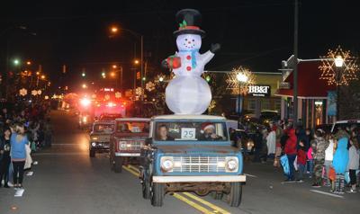 Heflin Christmas Parade Holidays Ross BW 39.JPG