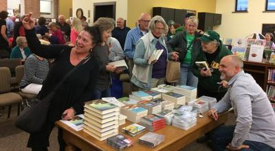Crowd gathers for author Michael Perry visit