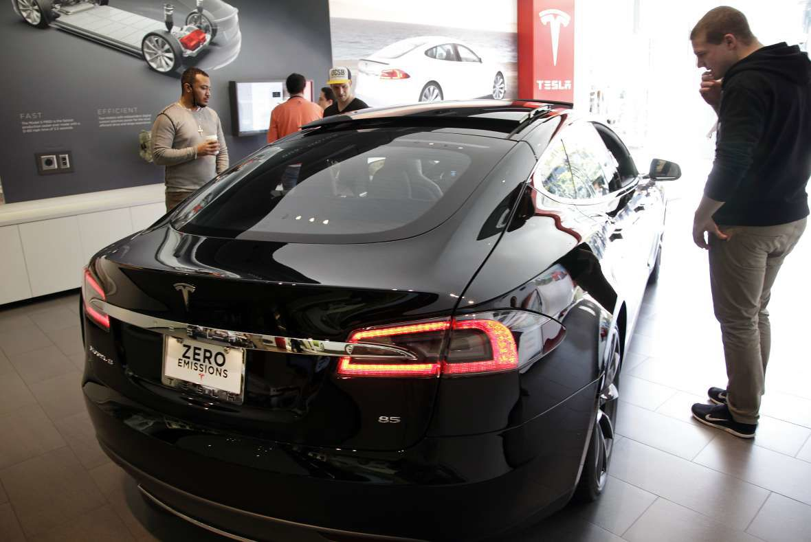 Tesla, car dealers clash at hearing on electric vehicle sales | Free ...