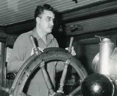 Simmons,' shipmates' legends live on | News | apg-wi com