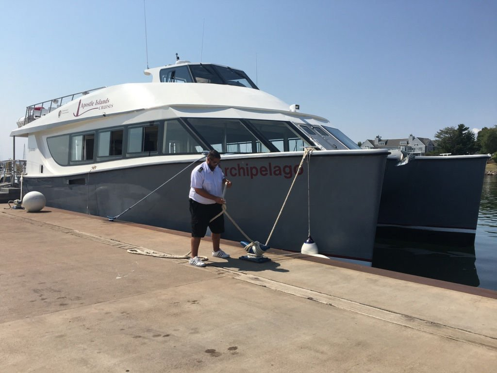 Apostle Islands Cruises breaks in new boat, gets crew up to speed