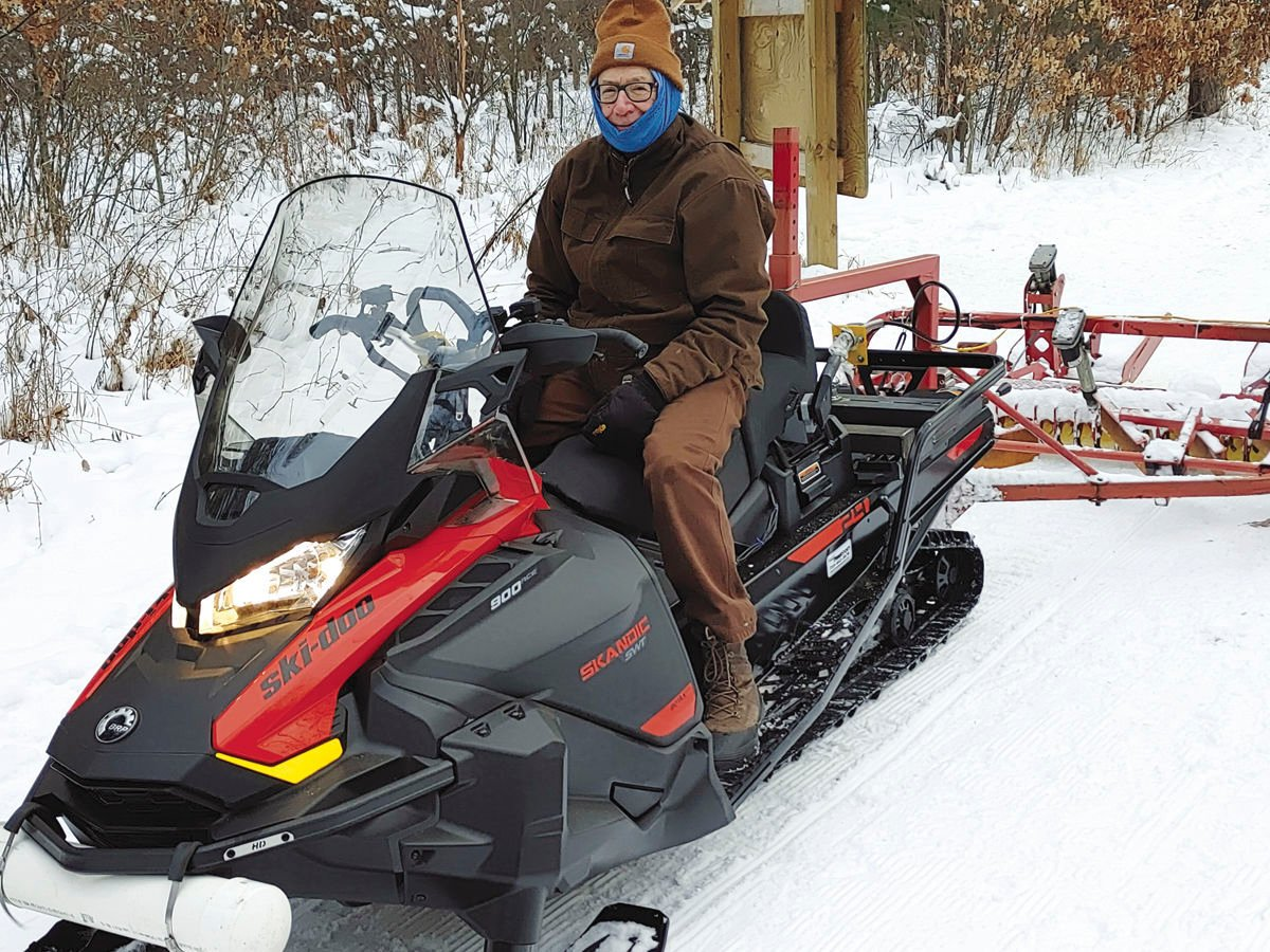 Steve Smith grooming Hospital Trails for skiers