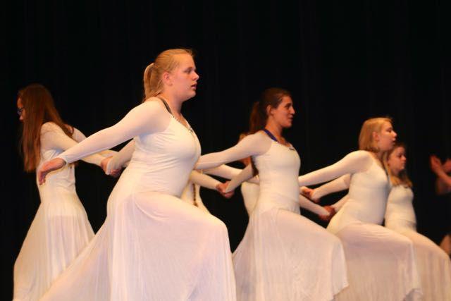 Dancers50.jpg