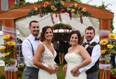 Kraczek sisters have double wedding