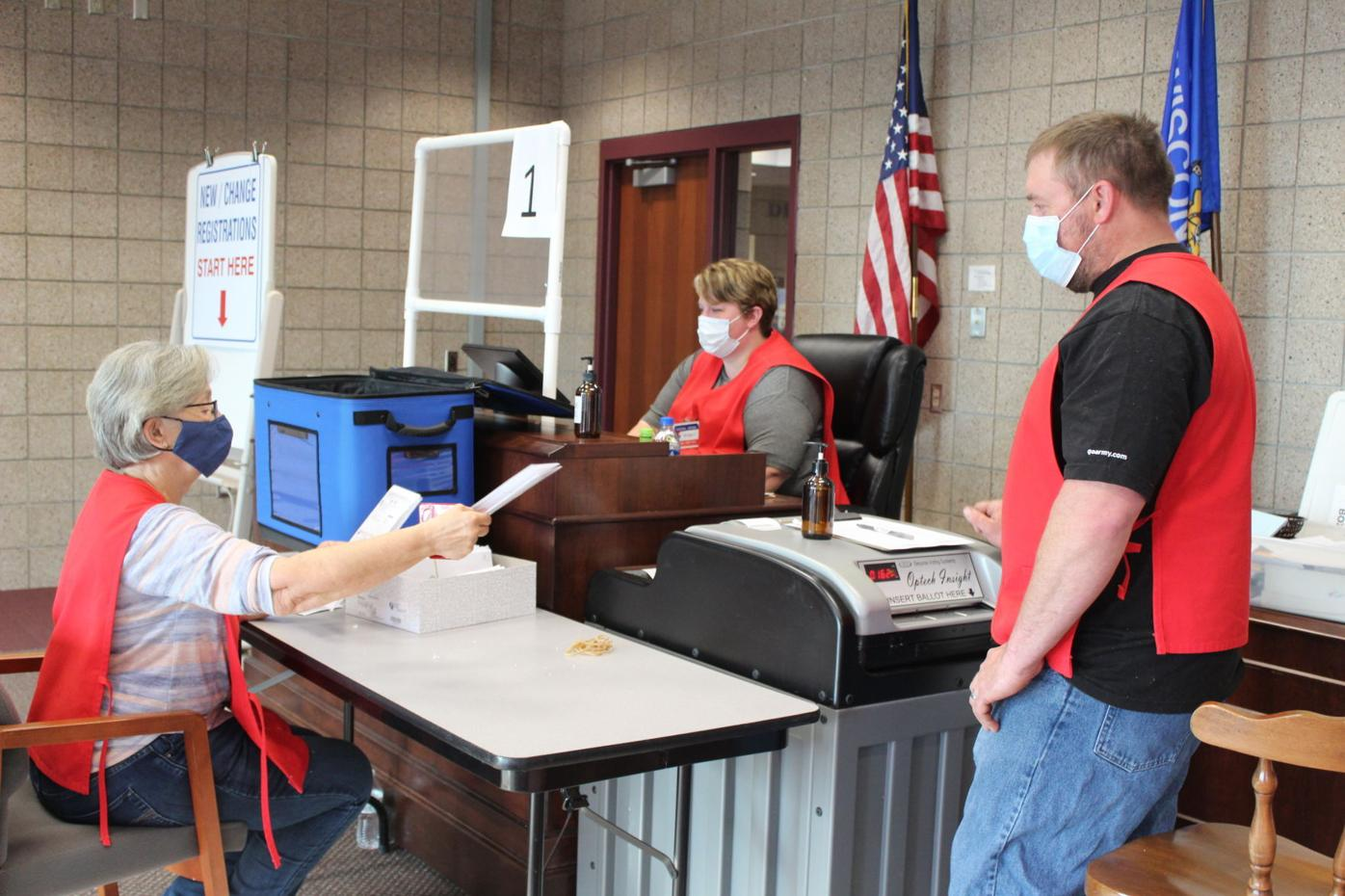 Rice Lake Poll Workers