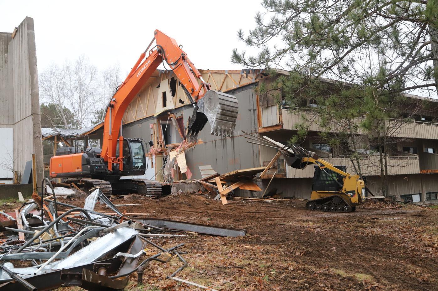 Telemark Lodge demolition