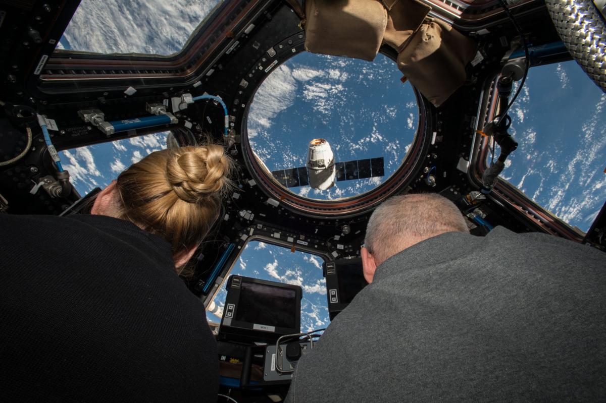 Winter Astronaut2