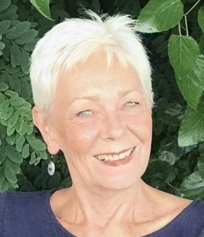 Deborah (Deb/Debbie) Lou Lind