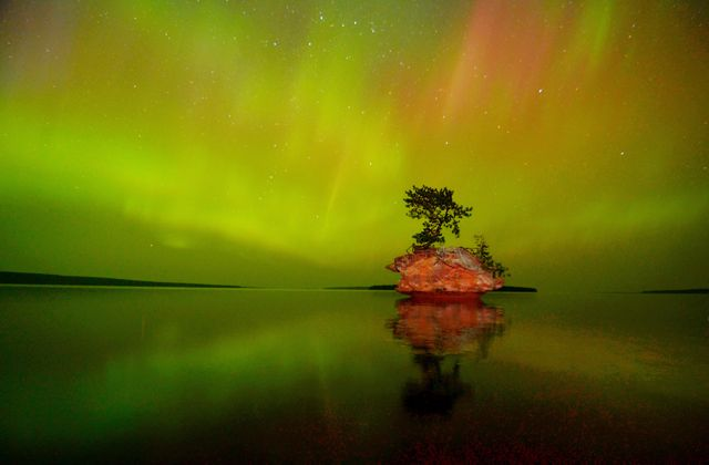 Honeymoon Rock Under the Aurora