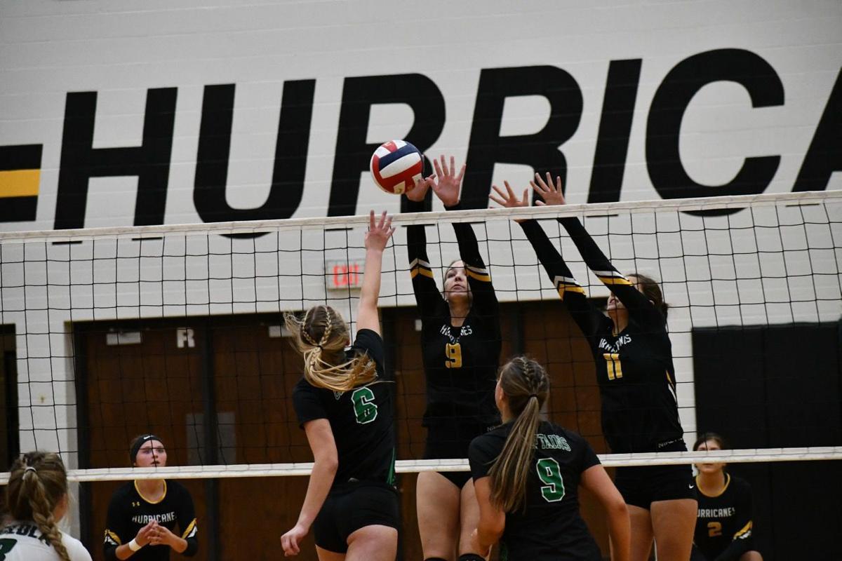 hhs volleyball-eytcheson1.jpg